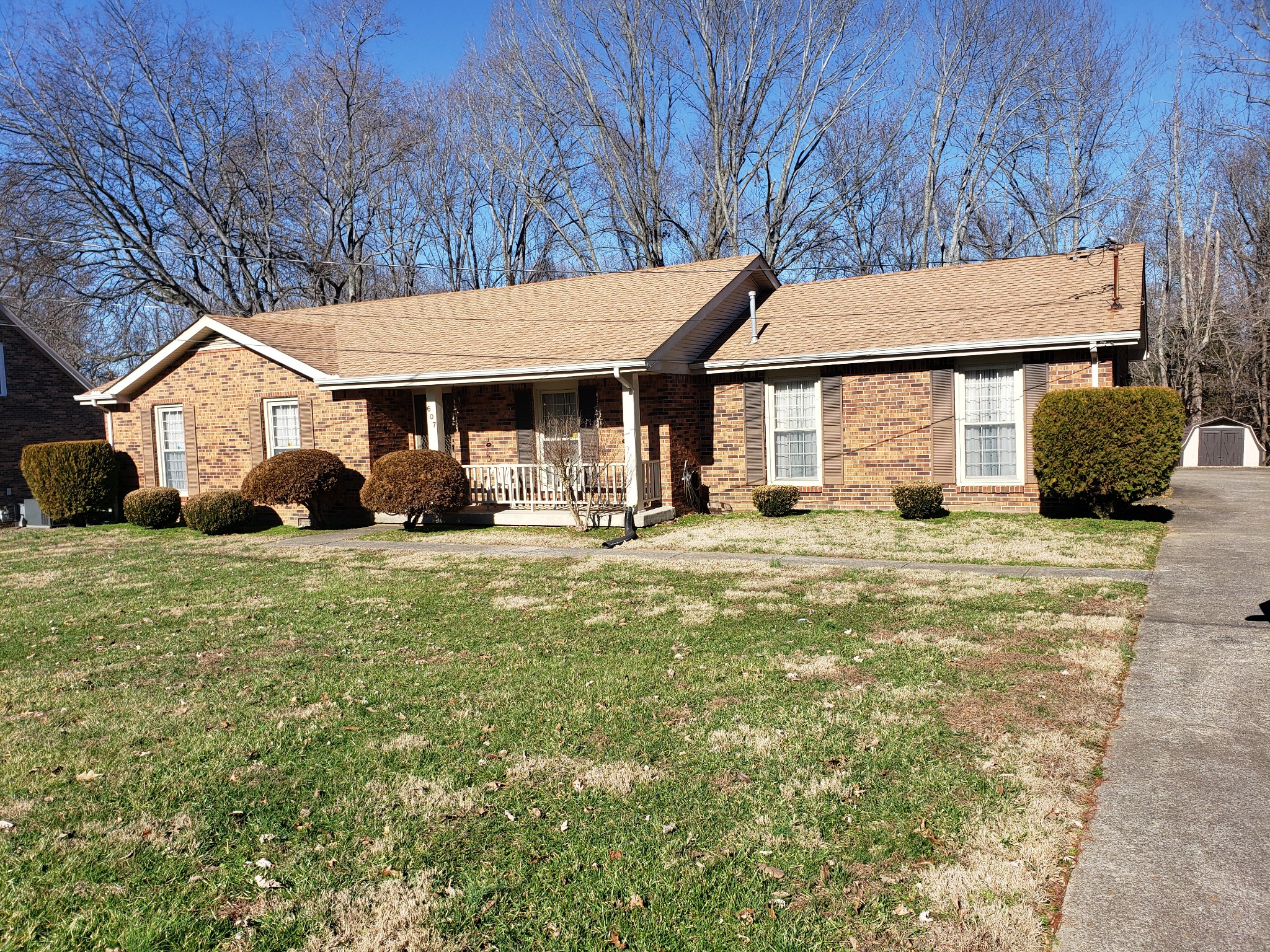 607 Fox Ridge Dr, Clarksville, TN 37042 - Clarksville, TN real estate listing