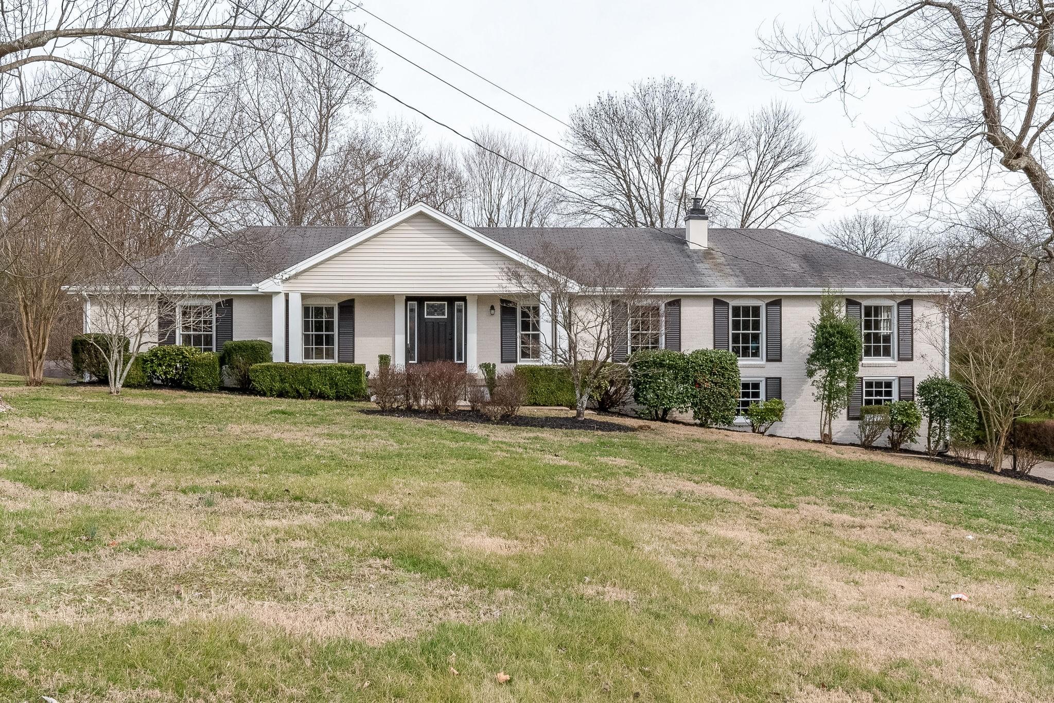 107 Country Club Dr, Hendersonville, TN 37075 - Hendersonville, TN real estate listing