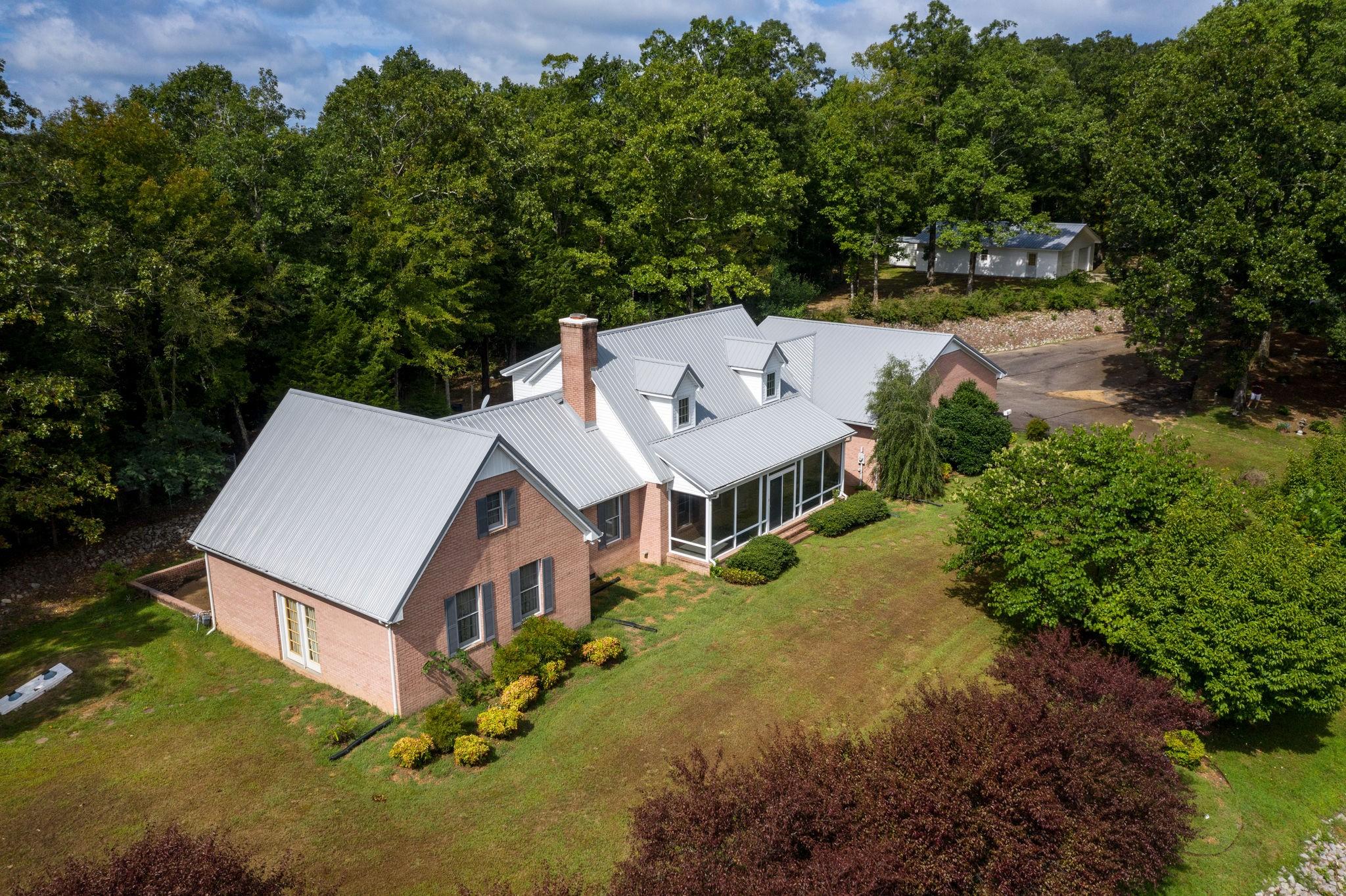 380 W Main St, Linden, TN 37096 - Linden, TN real estate listing