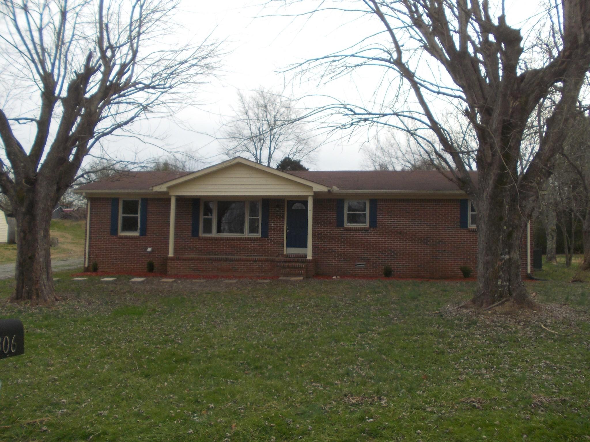 306 Circle Hill Dr, Mc Minnville, TN 37110 - Mc Minnville, TN real estate listing