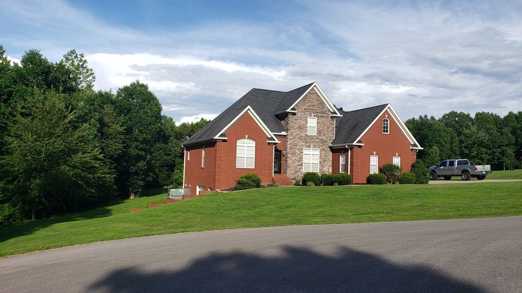138 Airport Ct, Waverly, TN 37185 - Waverly, TN real estate listing