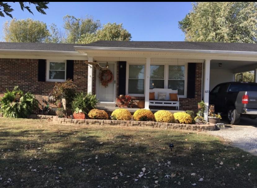 621 N Military St, Loretto, TN 38469 - Loretto, TN real estate listing