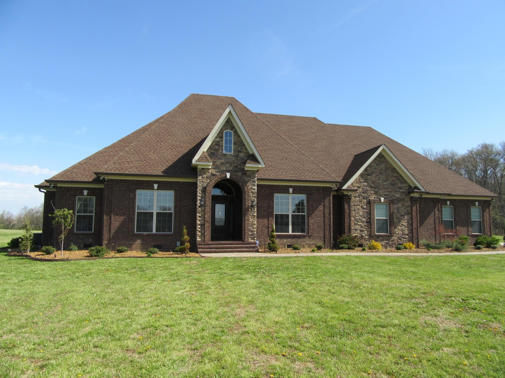 210 Michael Cir, Lafayette, TN 37083 - Lafayette, TN real estate listing