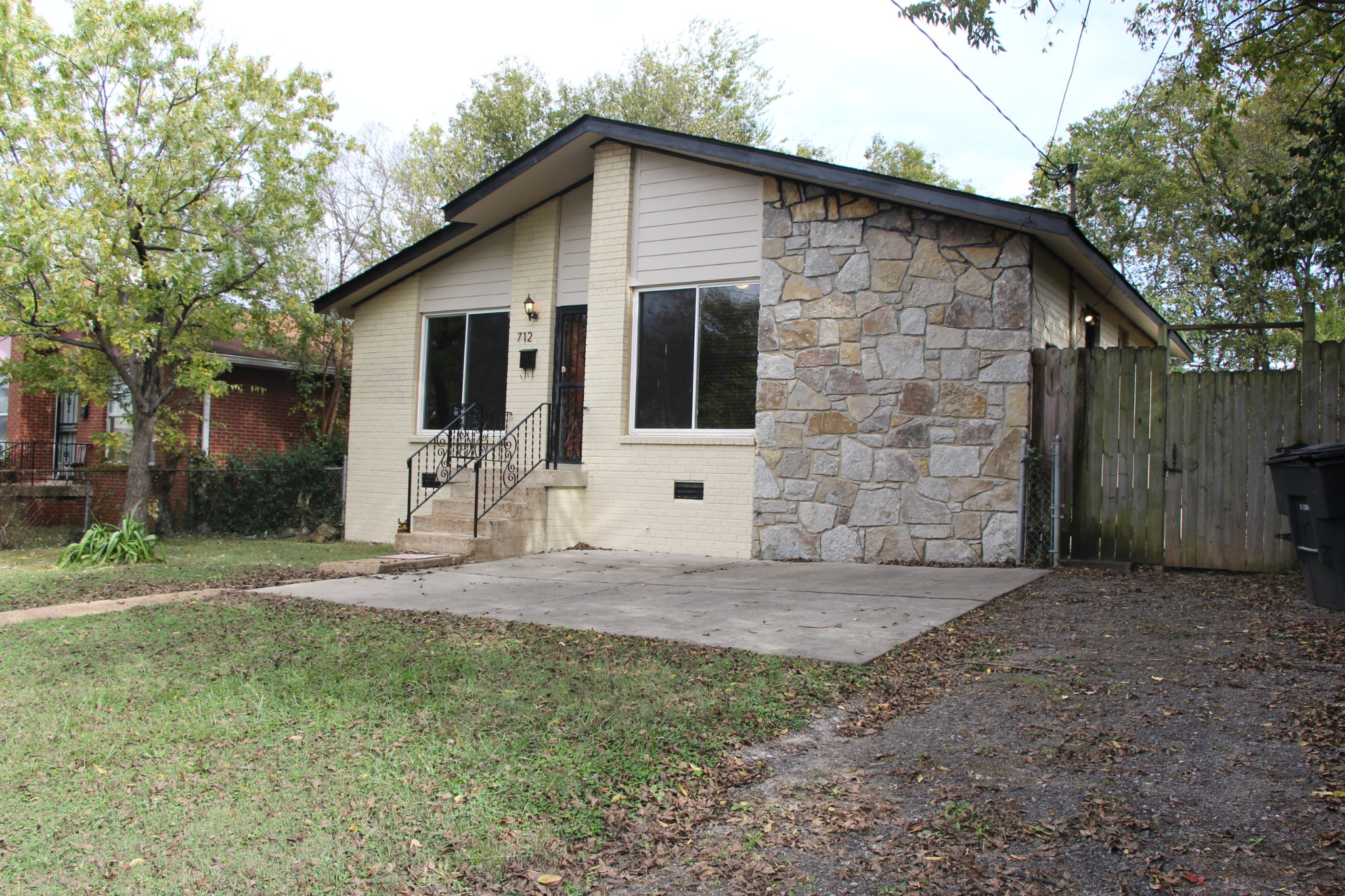 712 14th Ave, S Property Photo - Nashville, TN real estate listing