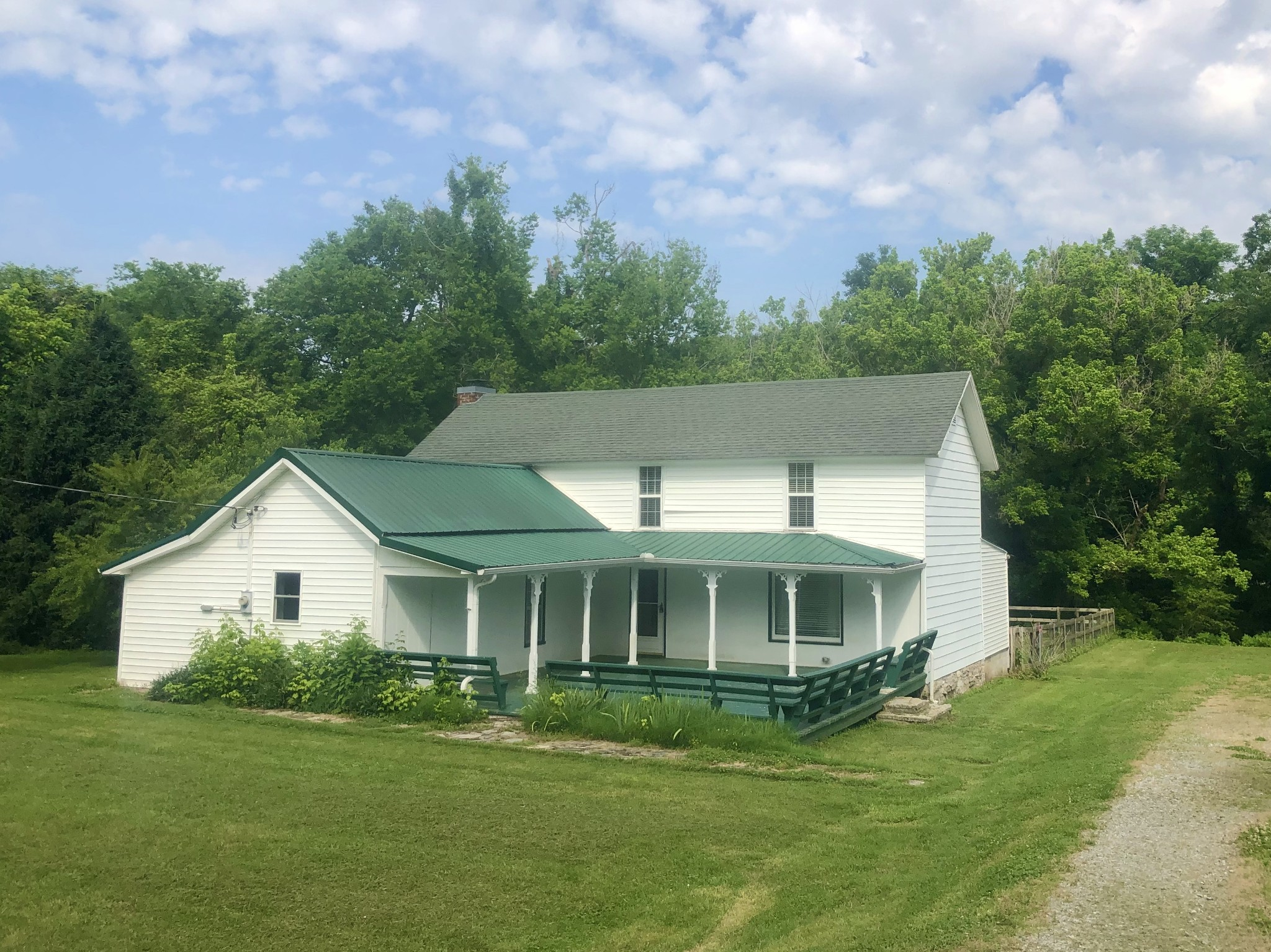 2555 Little Bartons Creek Rd Property Photo - Cumberland Furnace, TN real estate listing
