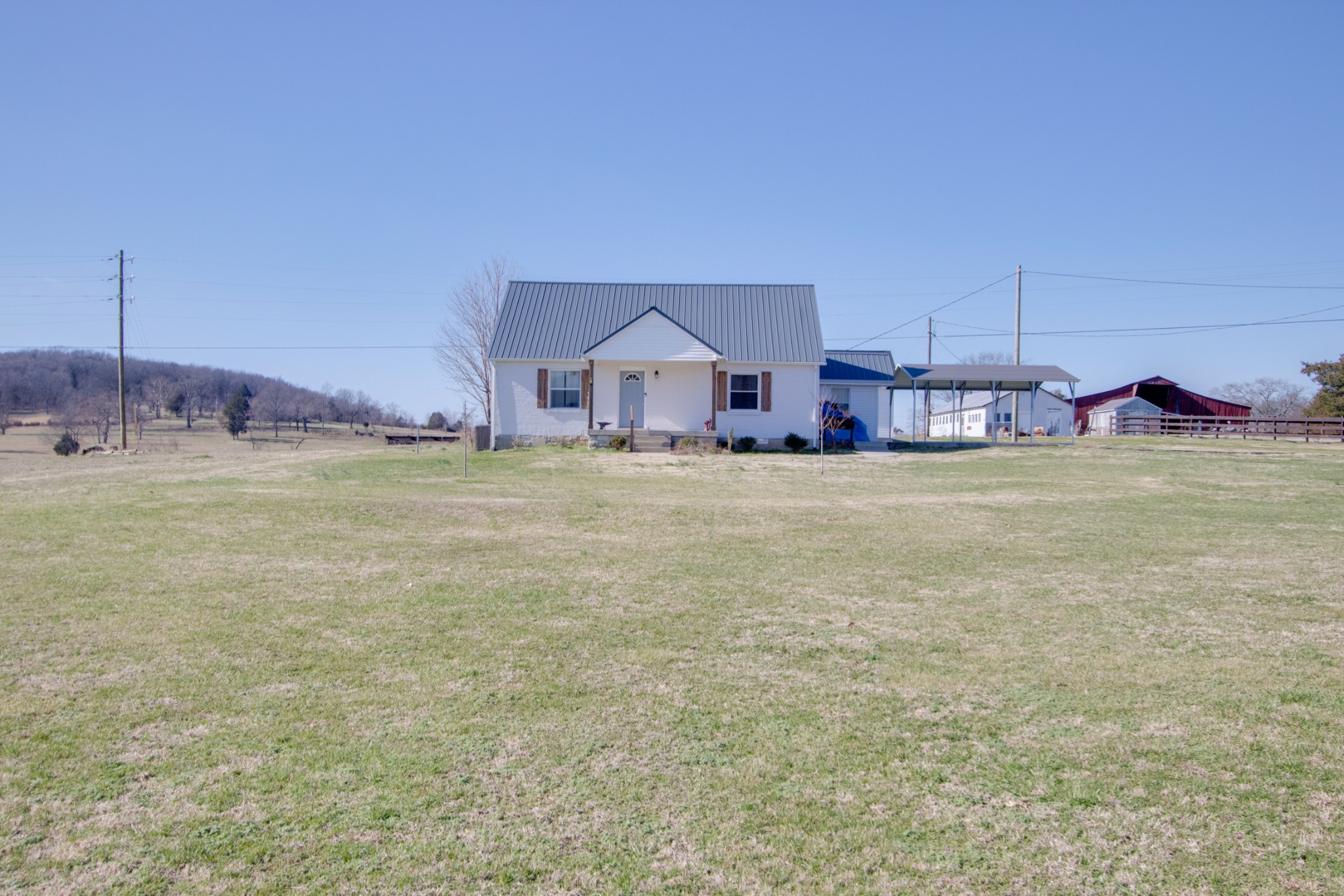 1.50 Acres Country Living Real Estate Listings Main Image