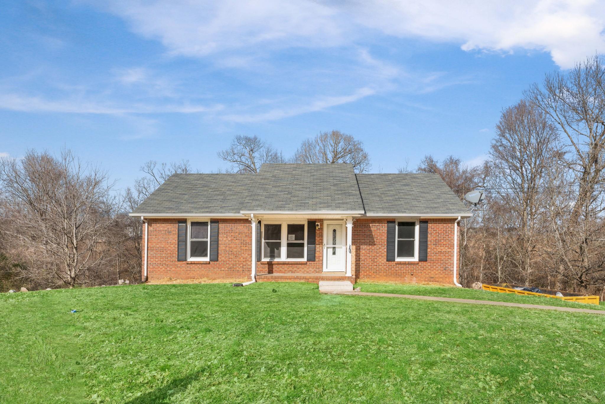 567 Briarwood Dr, Clarksville, TN 37040 - Clarksville, TN real estate listing