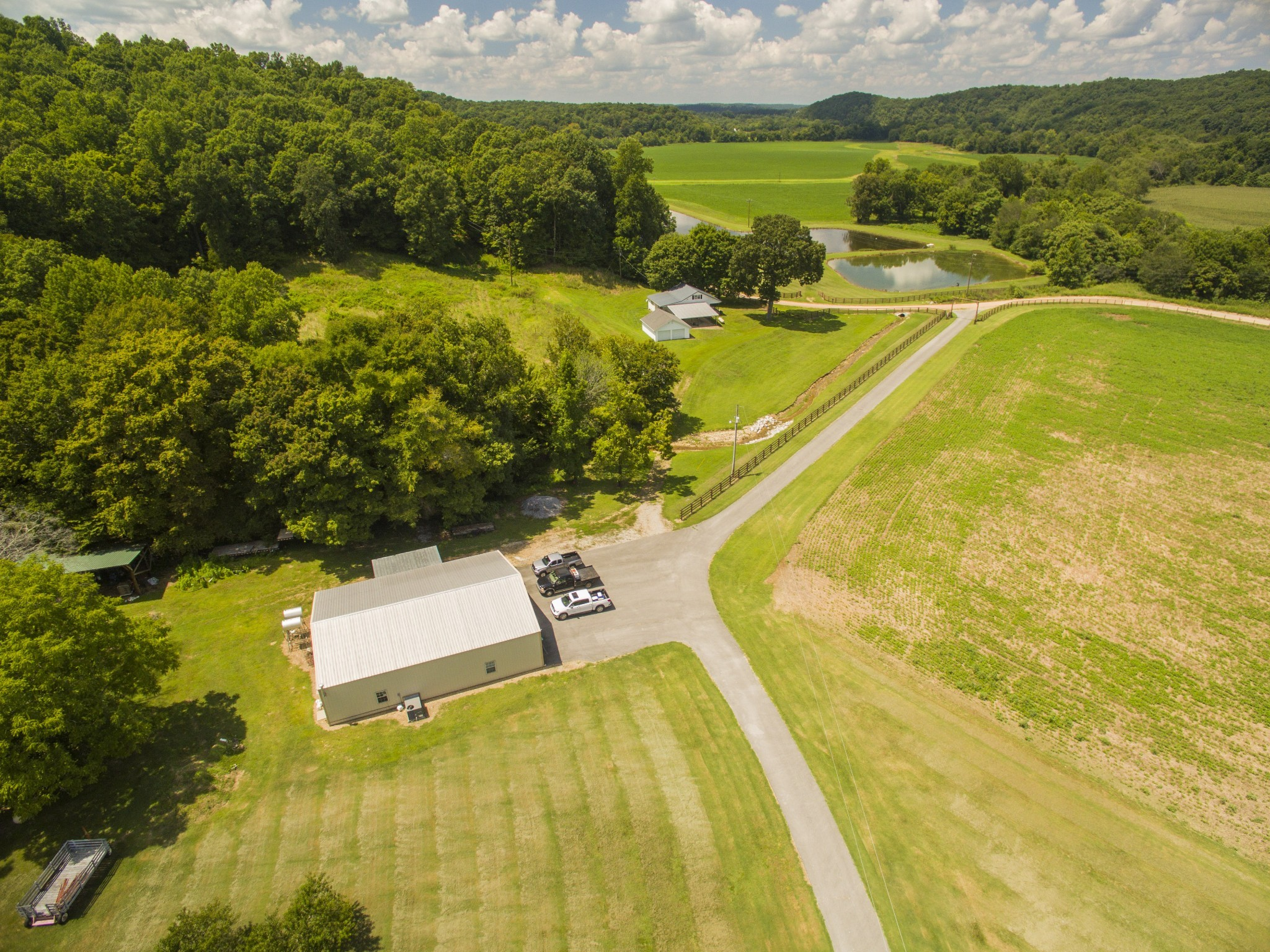 451 Backside Beaverdam Rd, Centerville, TN 37033 - Centerville, TN real estate listing