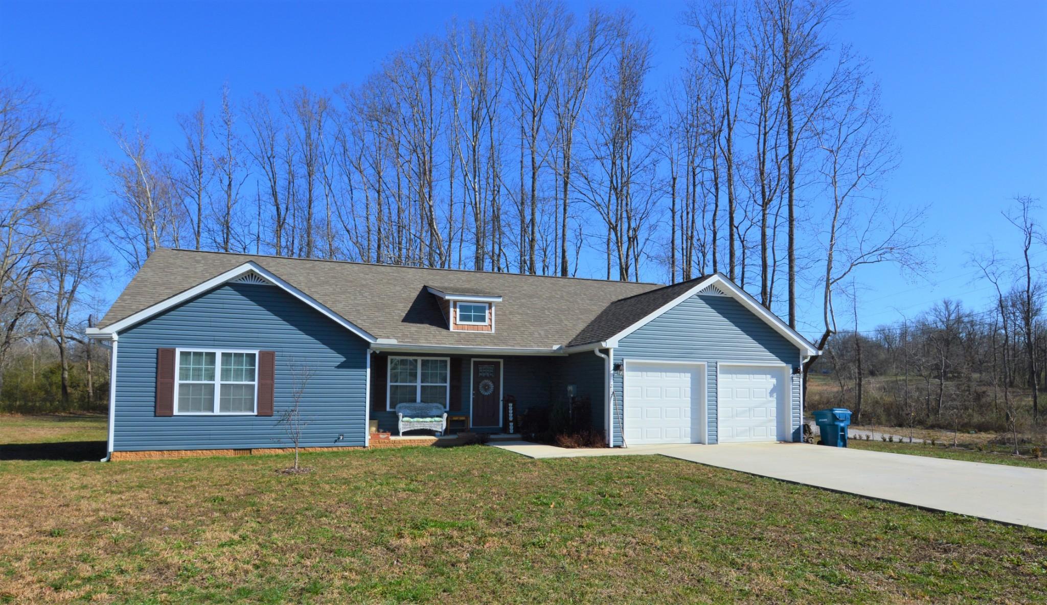 217 Celeste Dr, Baxter, TN 38544 - Baxter, TN real estate listing