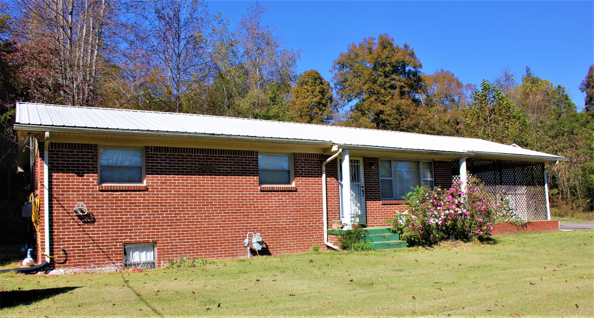 1318 Vaden Branch Rd Property Photo - Hurricane Mills, TN real estate listing