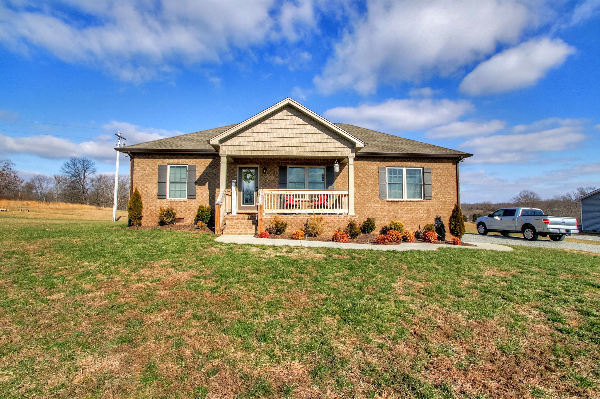 597 Womack Rd, Bethpage, TN 37022 - Bethpage, TN real estate listing