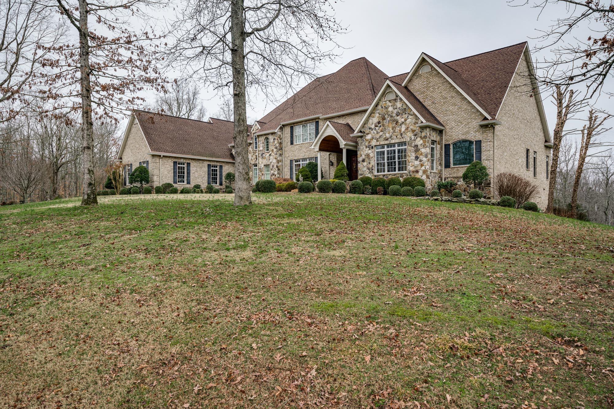 130 Glenalbyn Pass Property Photo - Sparta, TN real estate listing