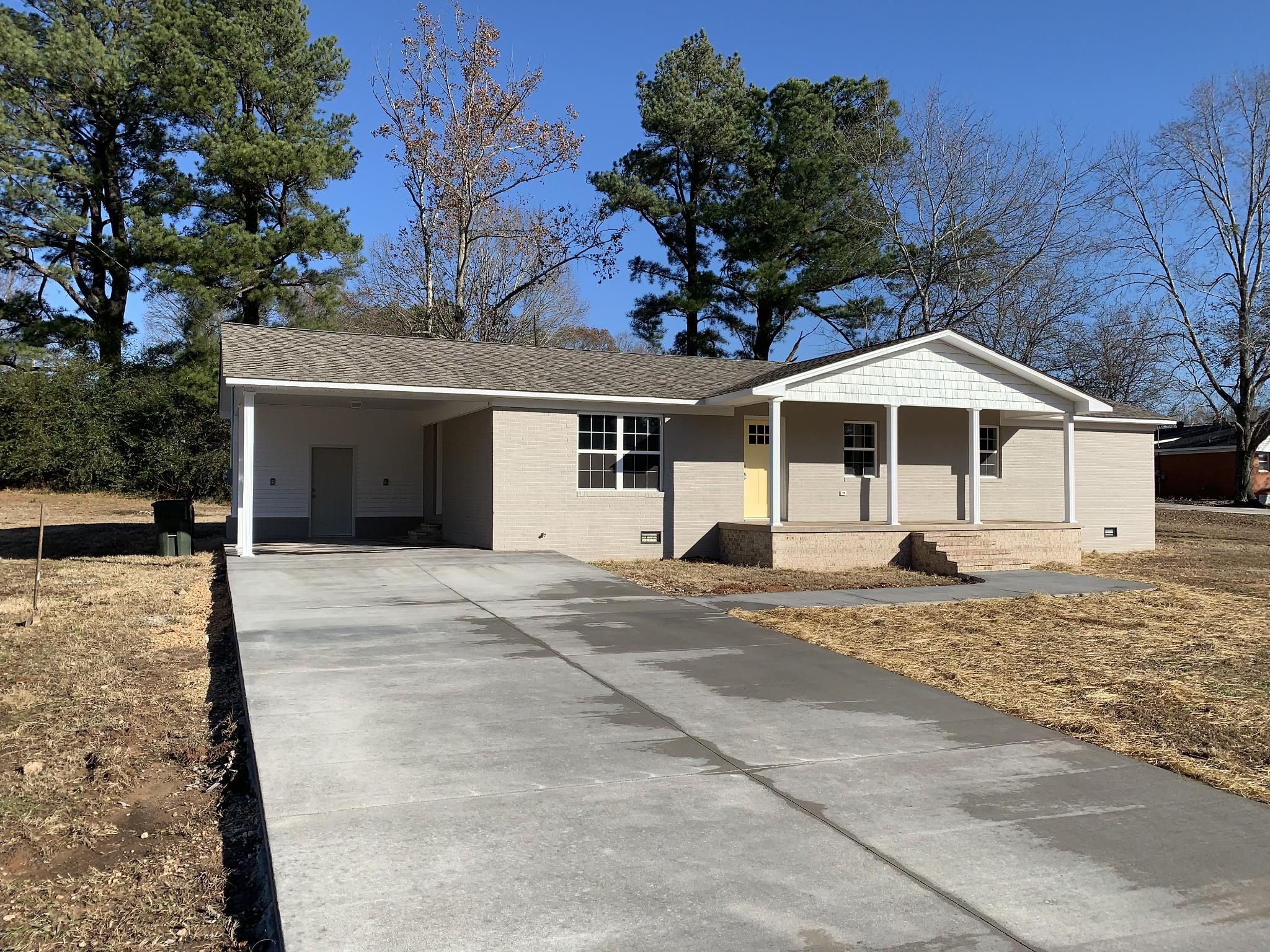 38342 Real Estate Listings Main Image