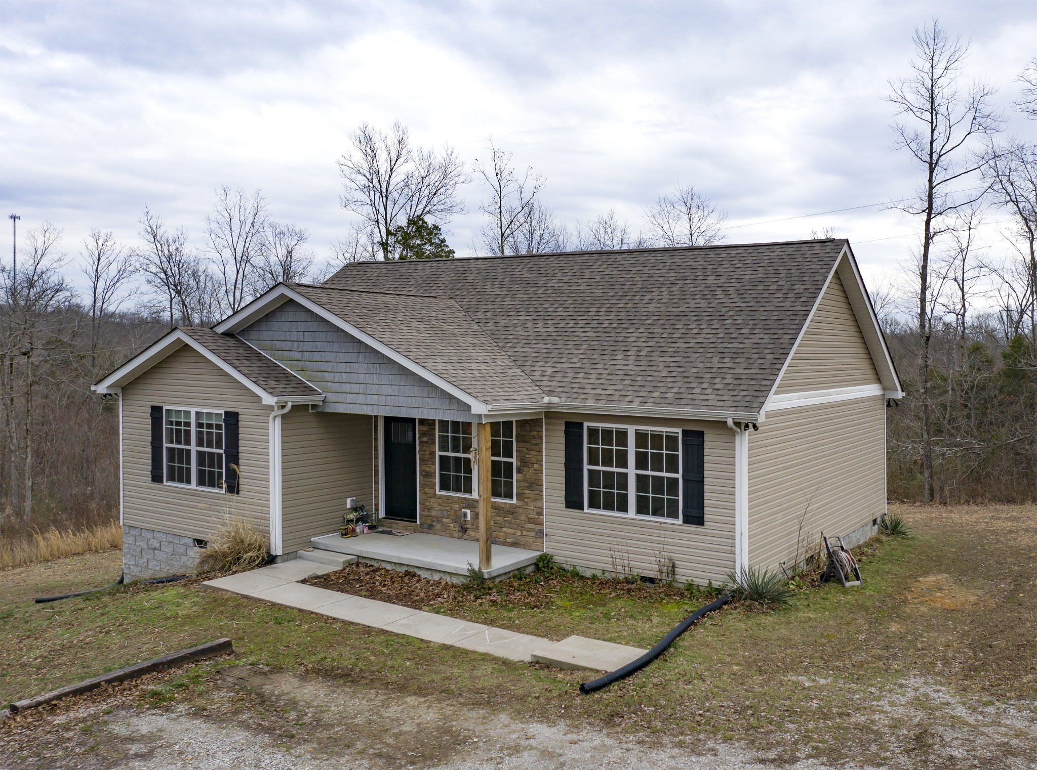 872 Hooper Rd, Charlotte, TN 37036 - Charlotte, TN real estate listing