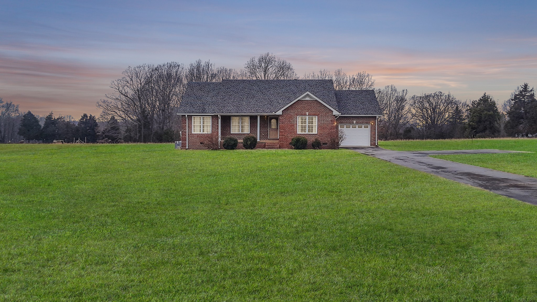 1363 Mount Vernon RD, Bethpage, TN 37022 - Bethpage, TN real estate listing