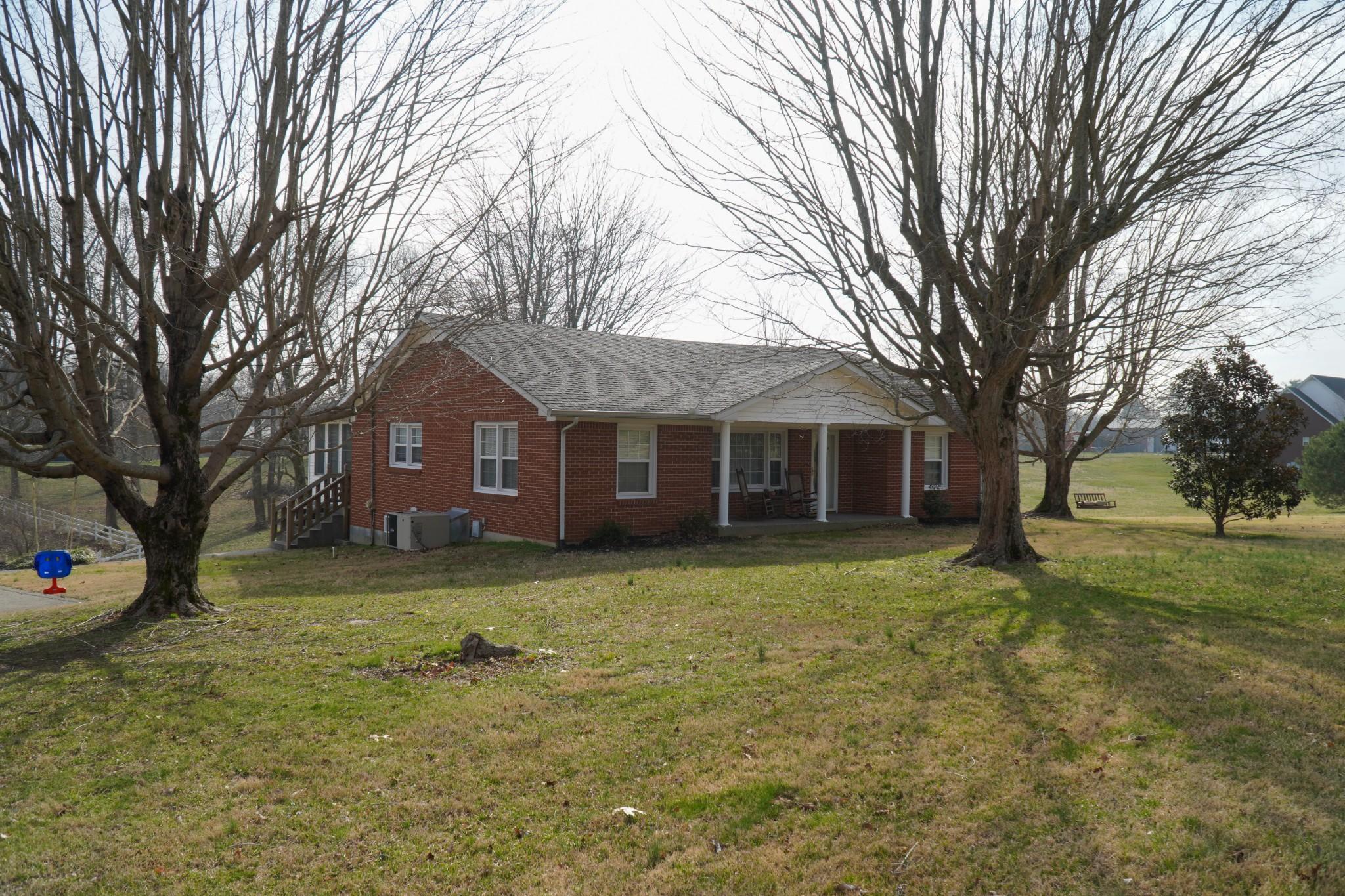 220 George Akins Rd, Westmoreland, TN 37186 - Westmoreland, TN real estate listing