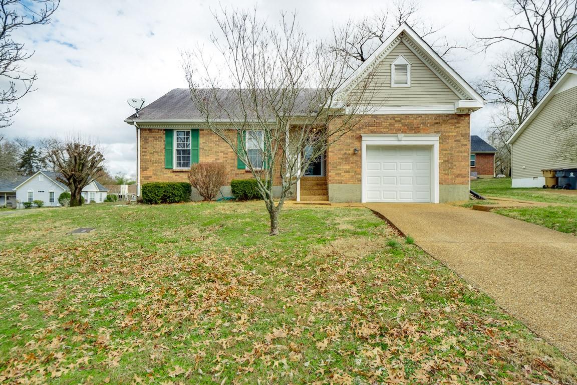 115 Hardwick Ct Property Photo