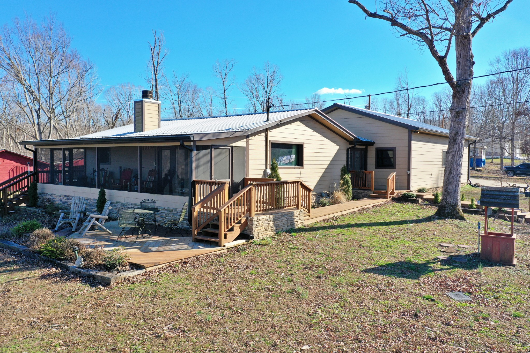 520 Toms Creek Lake Rd Property Photo - Linden, TN real estate listing