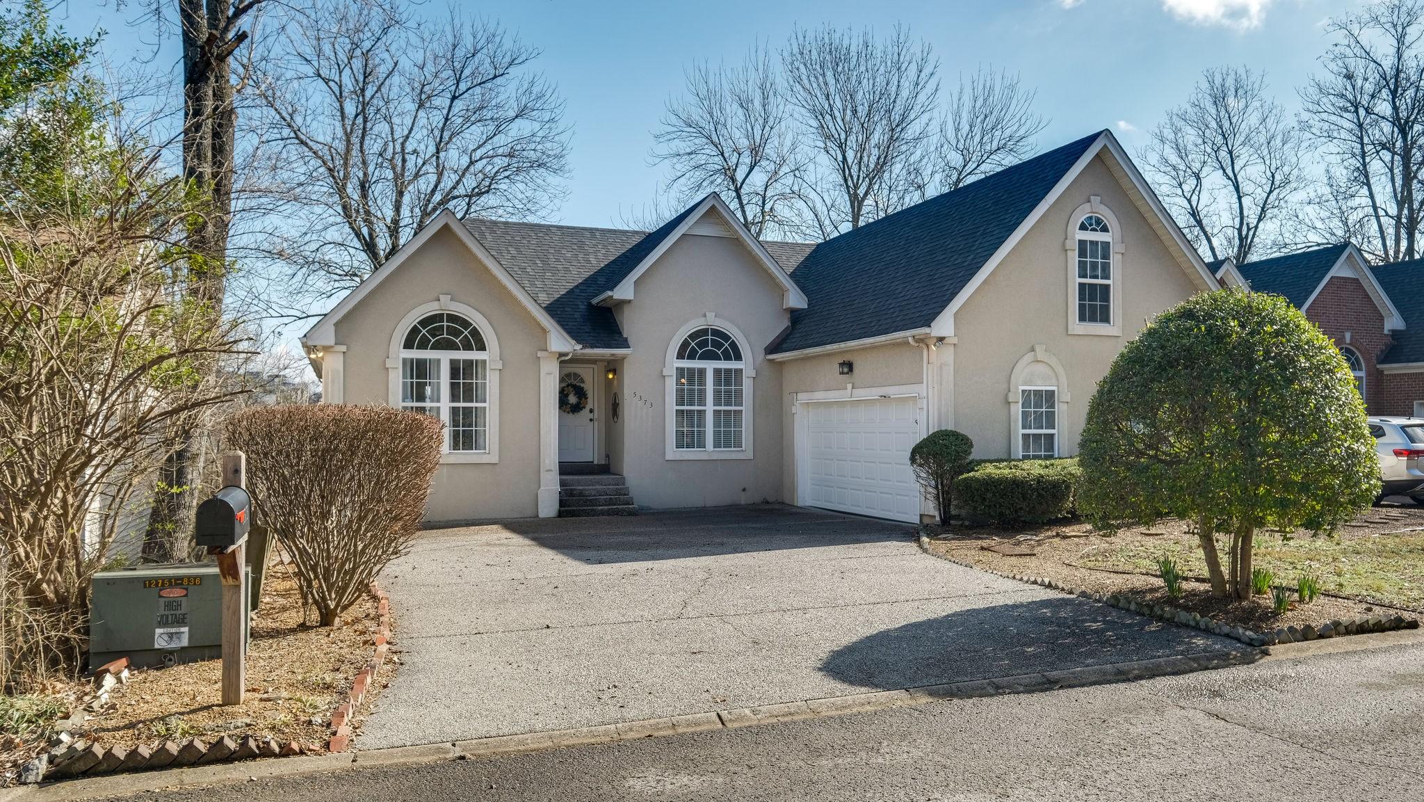 37211 Real Estate Listings Main Image