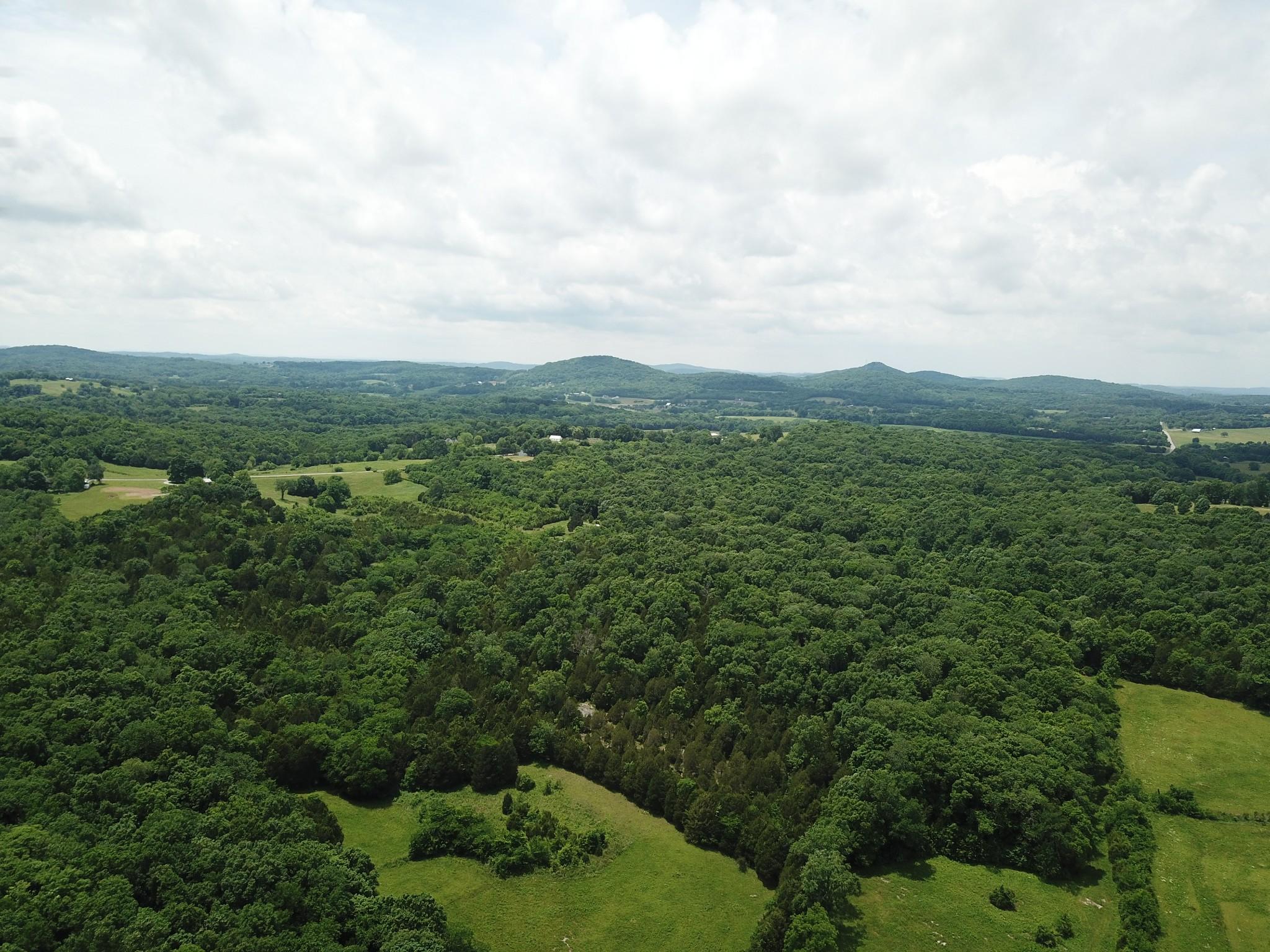5707C Poplar Hill Rd Property Photo - Watertown, TN real estate listing