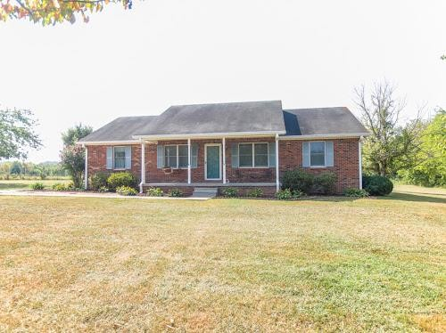1705 Thompson Station Rd W, Thompsons Station, TN 37179 - Thompsons Station, TN real estate listing
