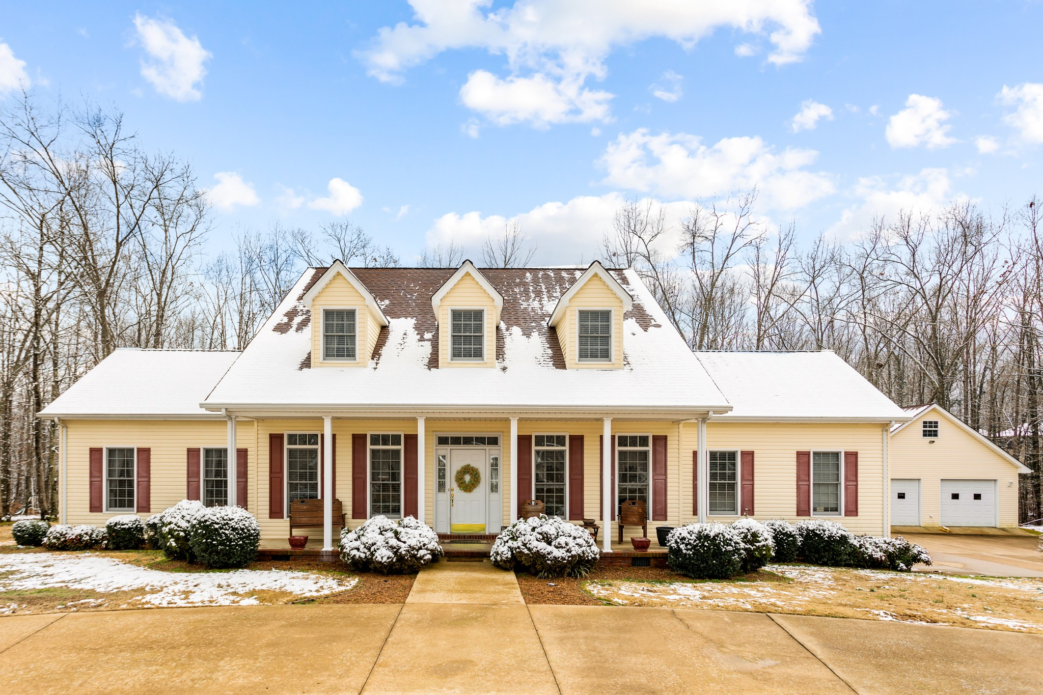 1018 Gilmer Dr Property Photo - Centerville, TN real estate listing