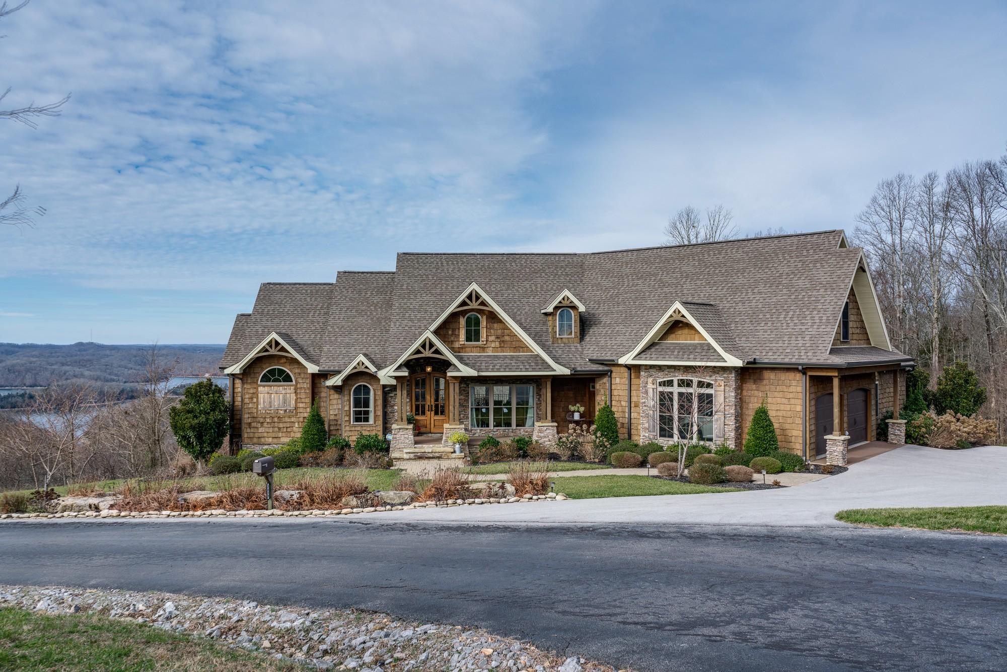 Hilham Real Estate Listings Main Image