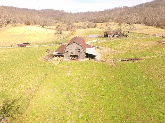 7811 Andy Hood Rd Property Photo - Sparta, TN real estate listing