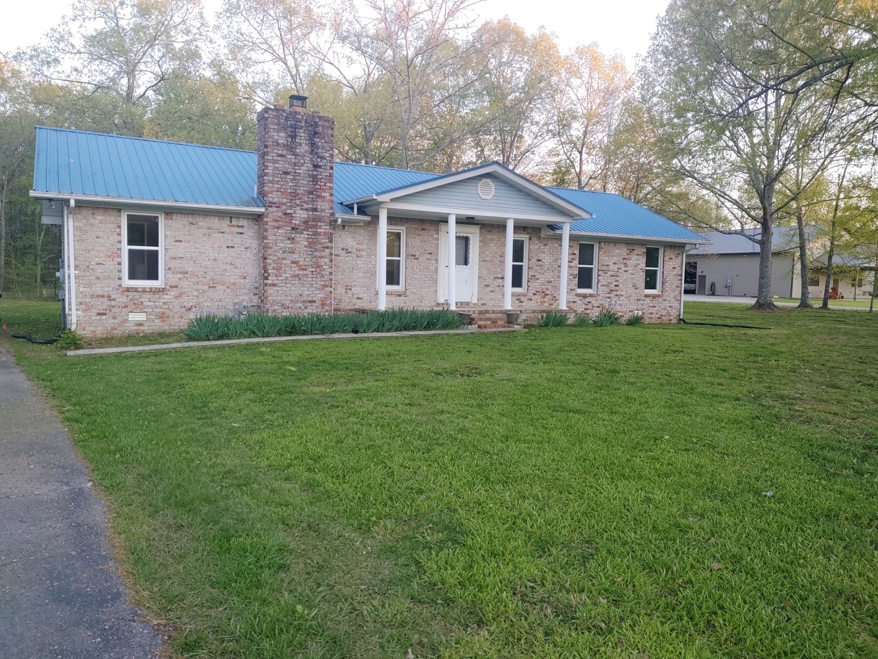 2689 Cat Creek Rd, Manchester, TN 37355 - Manchester, TN real estate listing