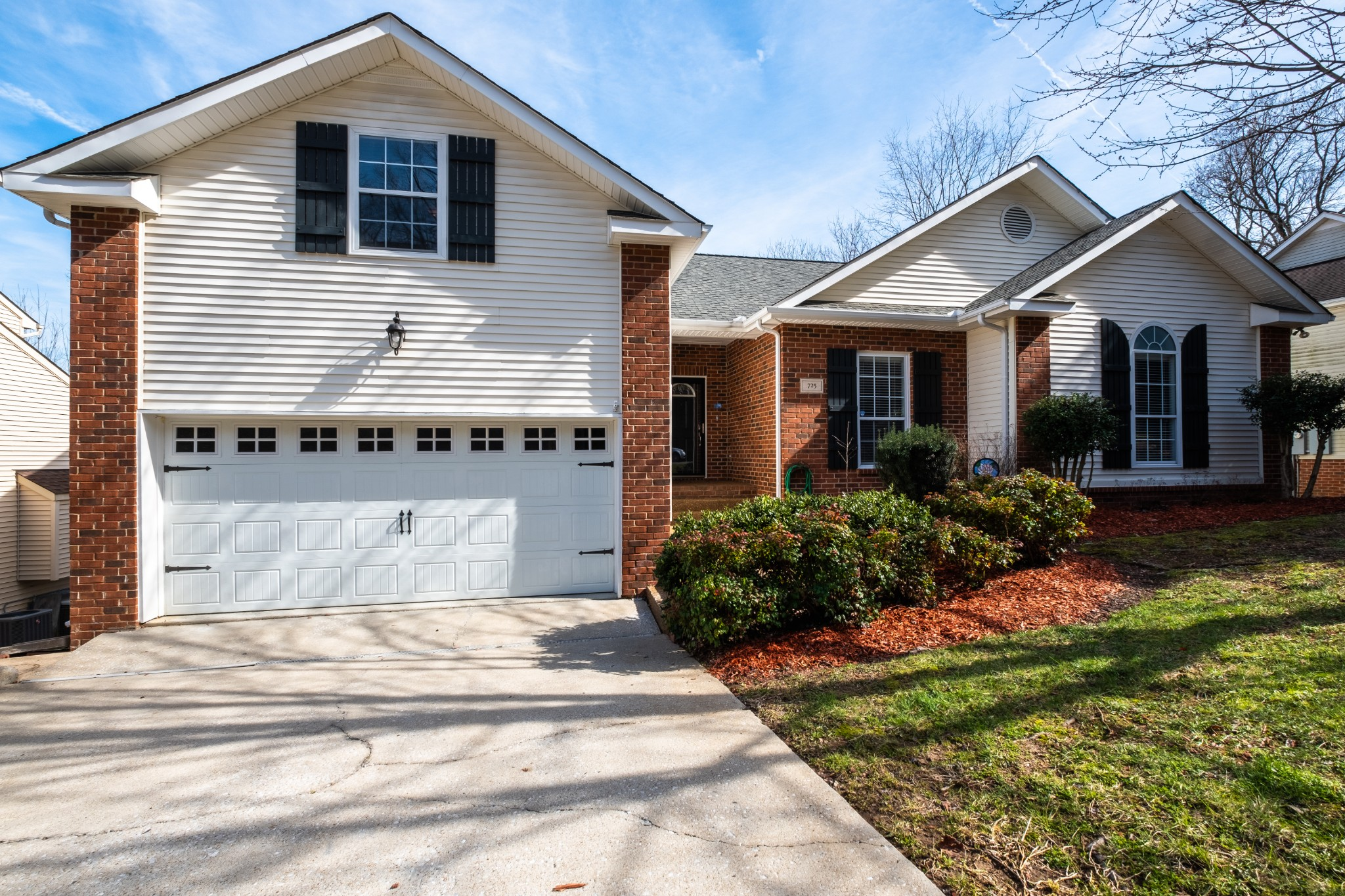 725 E Woodlands Trl, Nashville, TN 37211 - Nashville, TN real estate listing