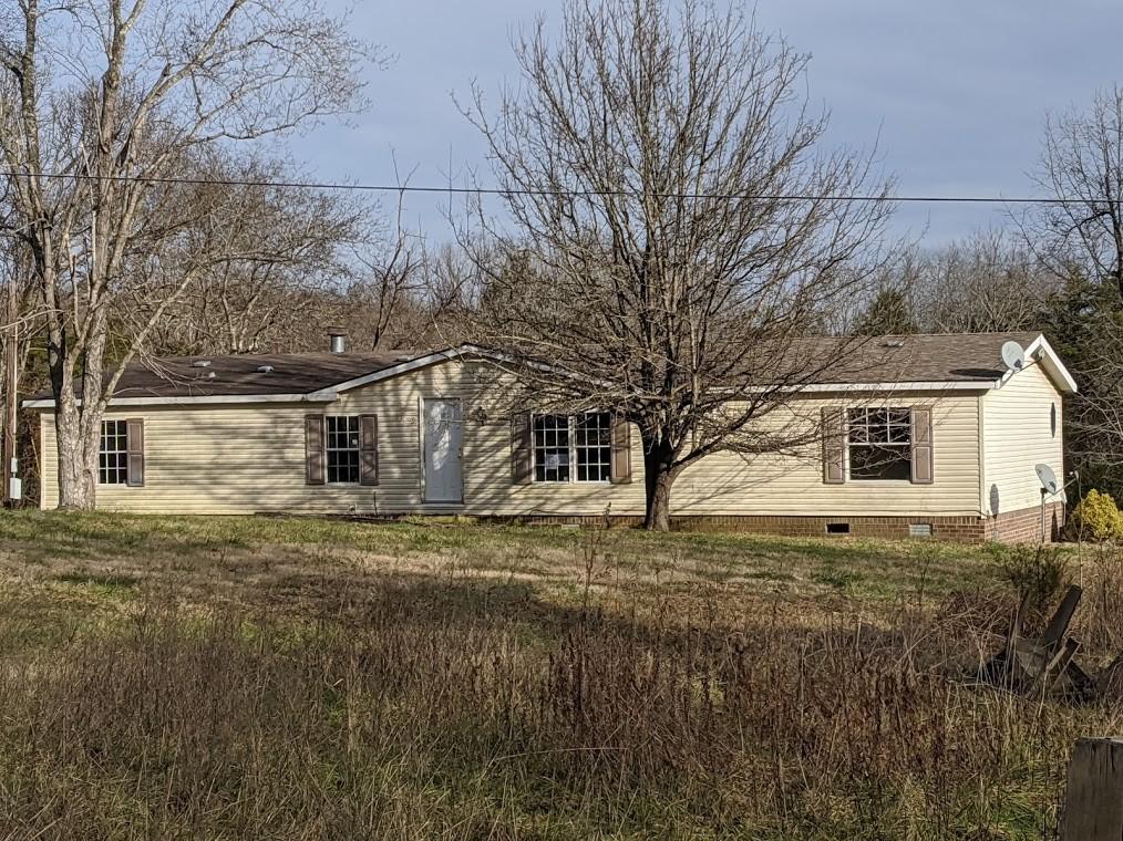 915 Burford Rd Property Photo