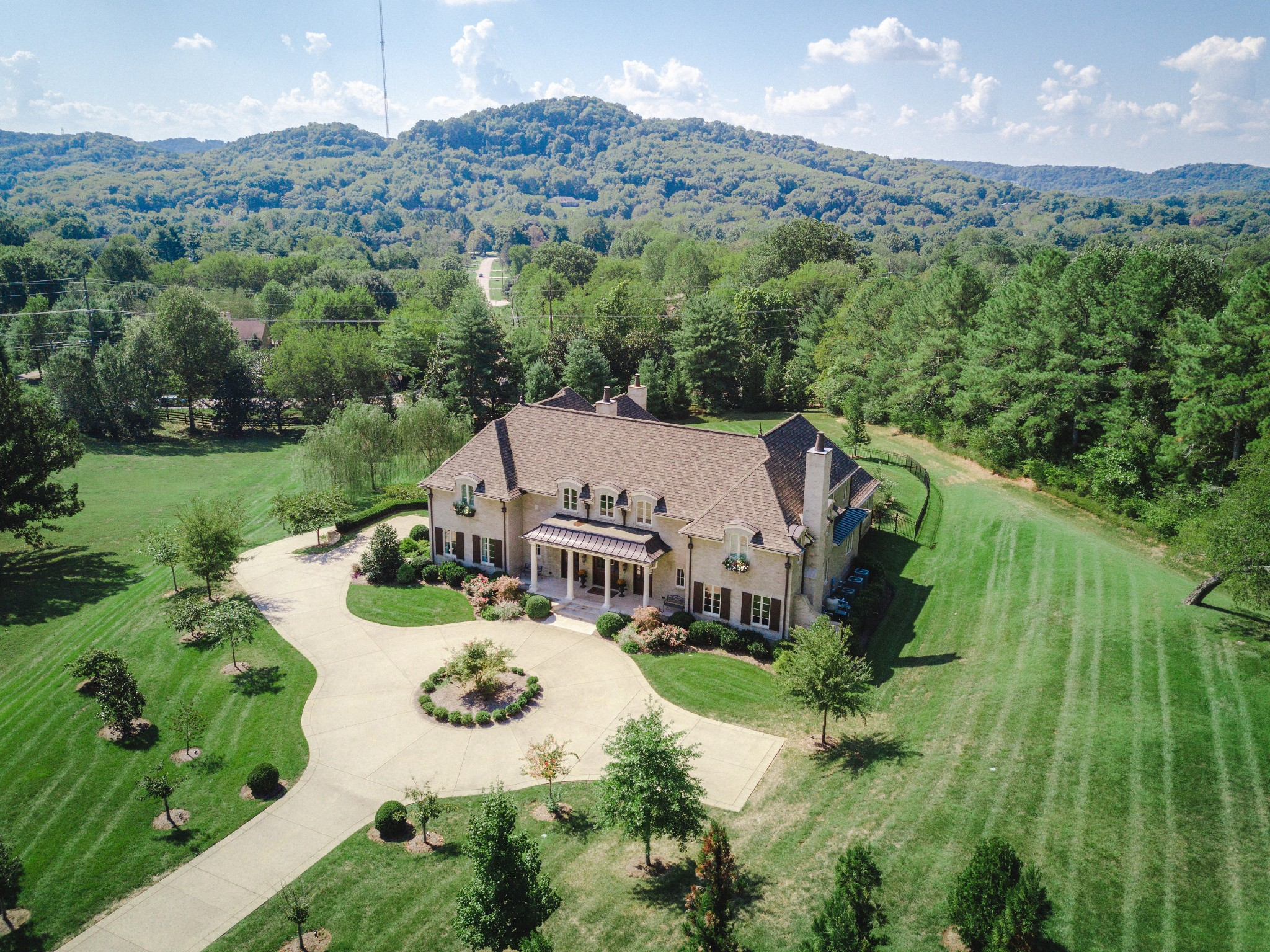 409 Saint Edmunds Ct, Brentwood, TN 37027 - Brentwood, TN real estate listing
