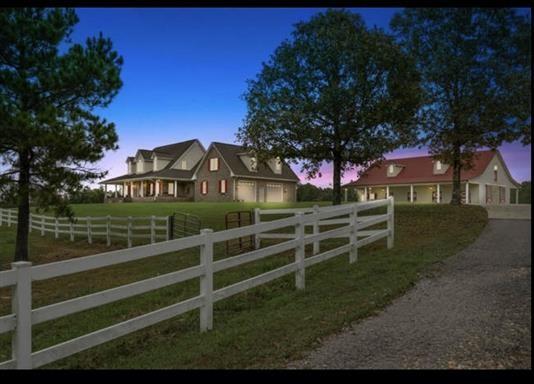 37023 Real Estate Listings Main Image