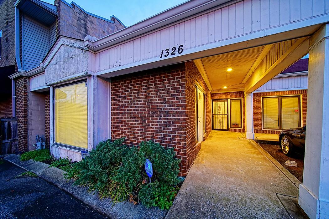 1326 B Rosa L Parks BLVD Property Photo - Nashville, TN real estate listing