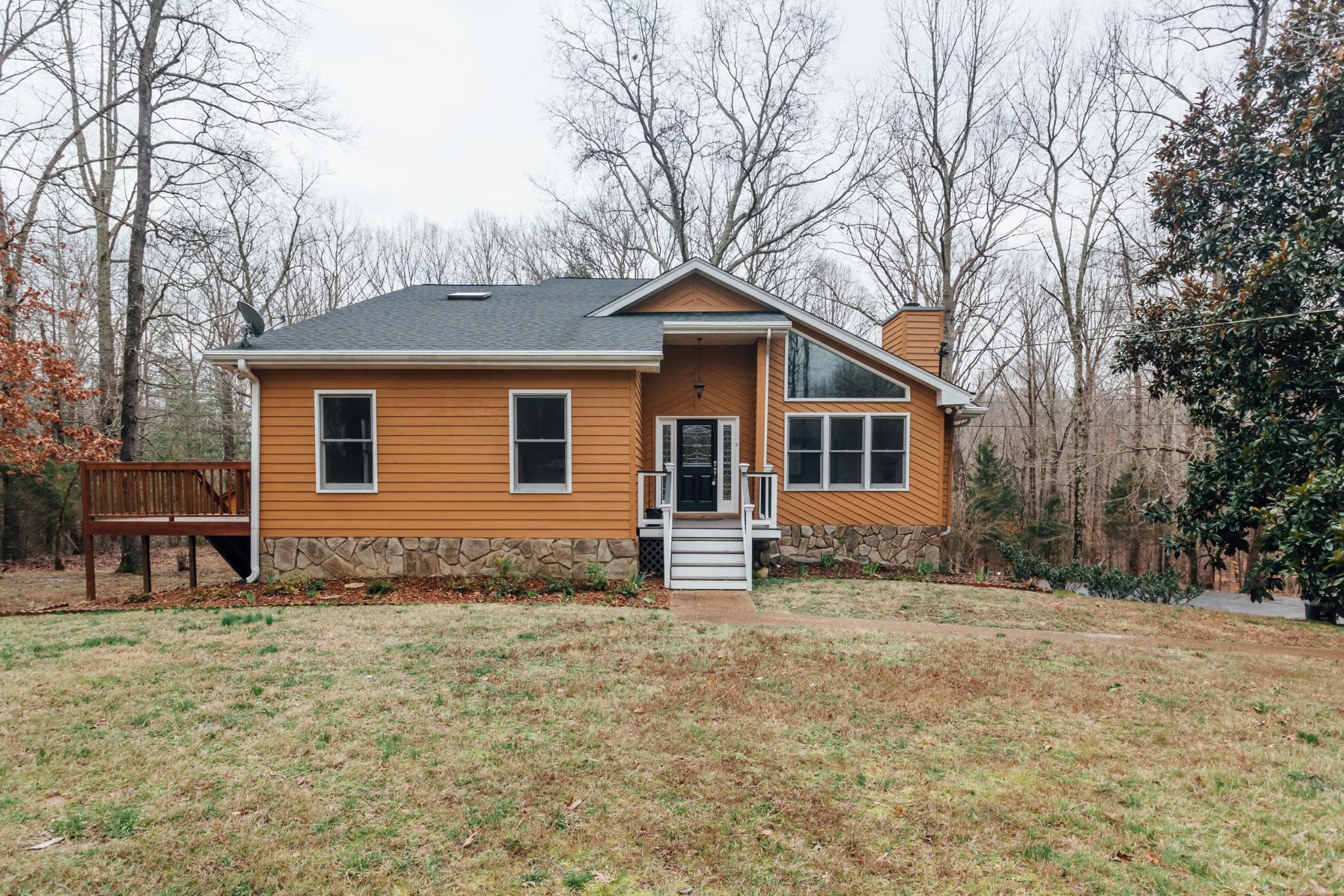 37082 Real Estate Listings Main Image