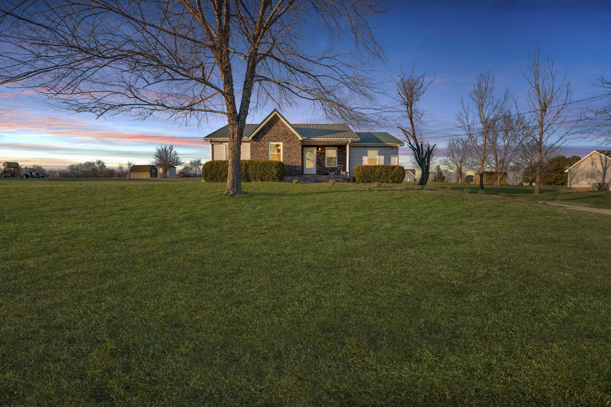 2473 Chester Harris Rd, Woodlawn, TN 37191 - Woodlawn, TN real estate listing