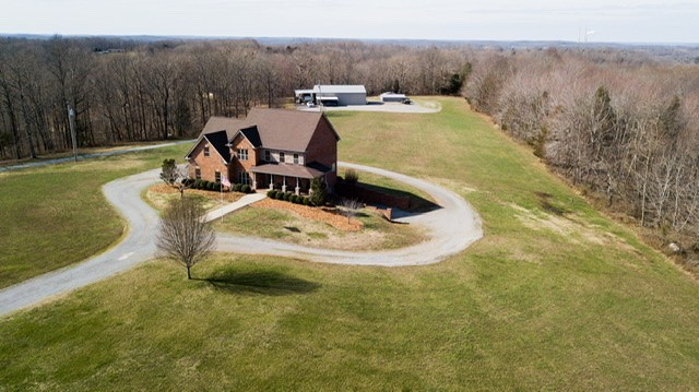 5449 Old Highway 13 Property Photo - Cumberland City, TN real estate listing