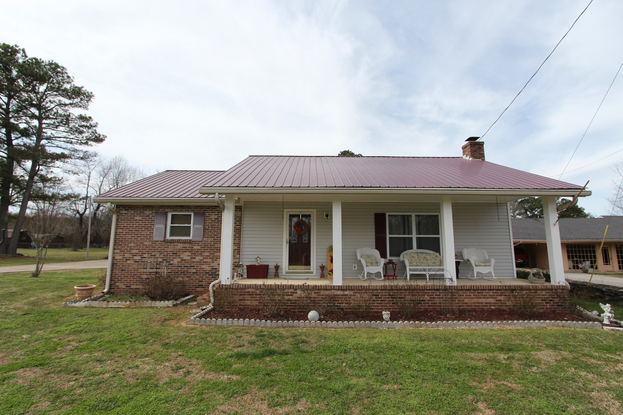 492 S Main St, Lobelville, TN 37097 - Lobelville, TN real estate listing