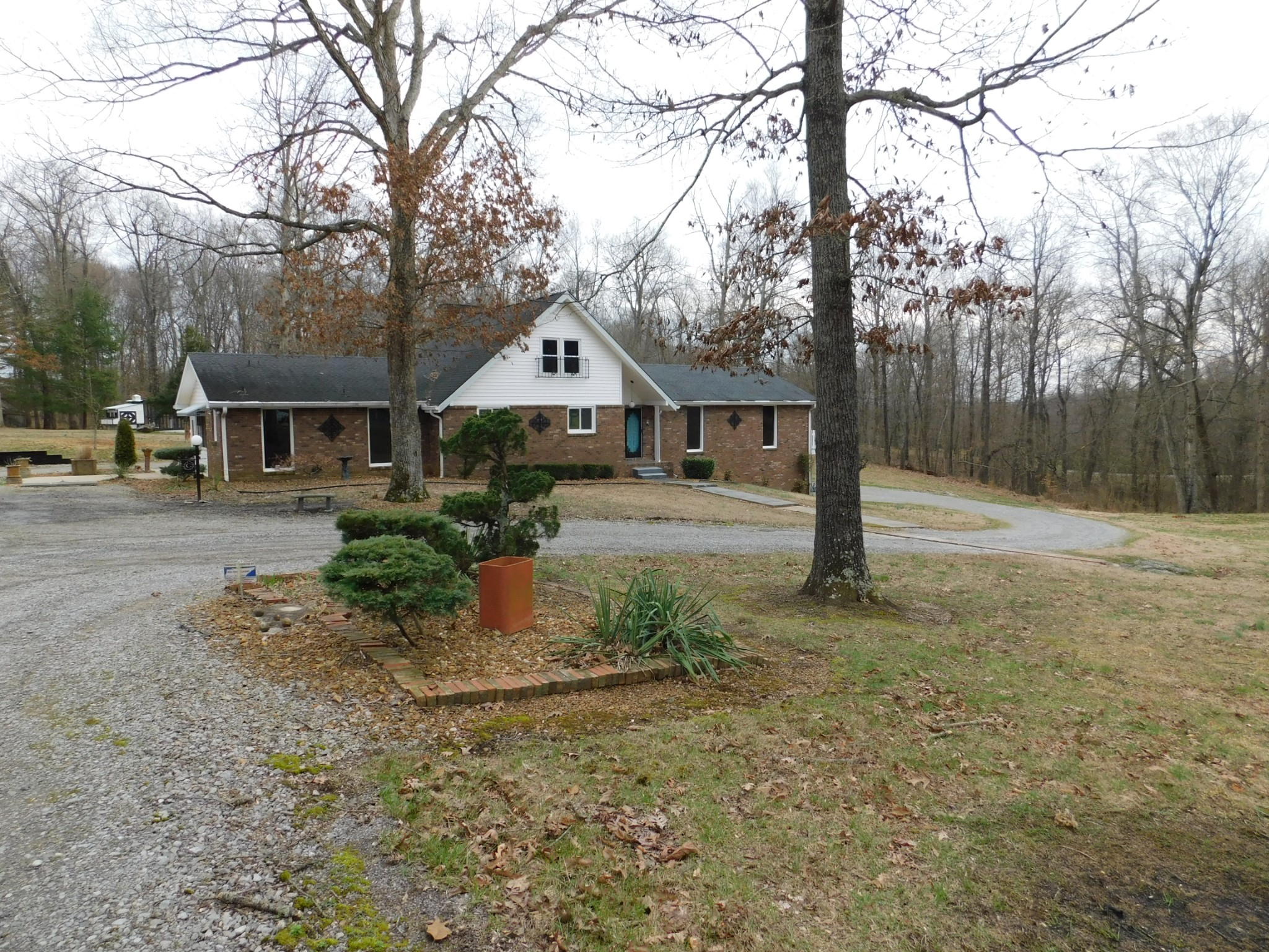 1370 Dunbar Cave Rd Property Photo - Clarksville, TN real estate listing