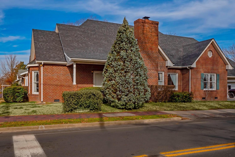 202 3rd Ave N, Franklin, TN 37064 - Franklin, TN real estate listing
