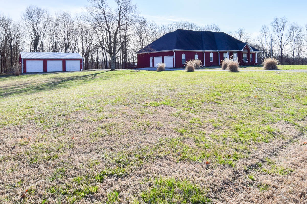 3561 Old Highway 52, Lafayette, TN 37083 - Lafayette, TN real estate listing