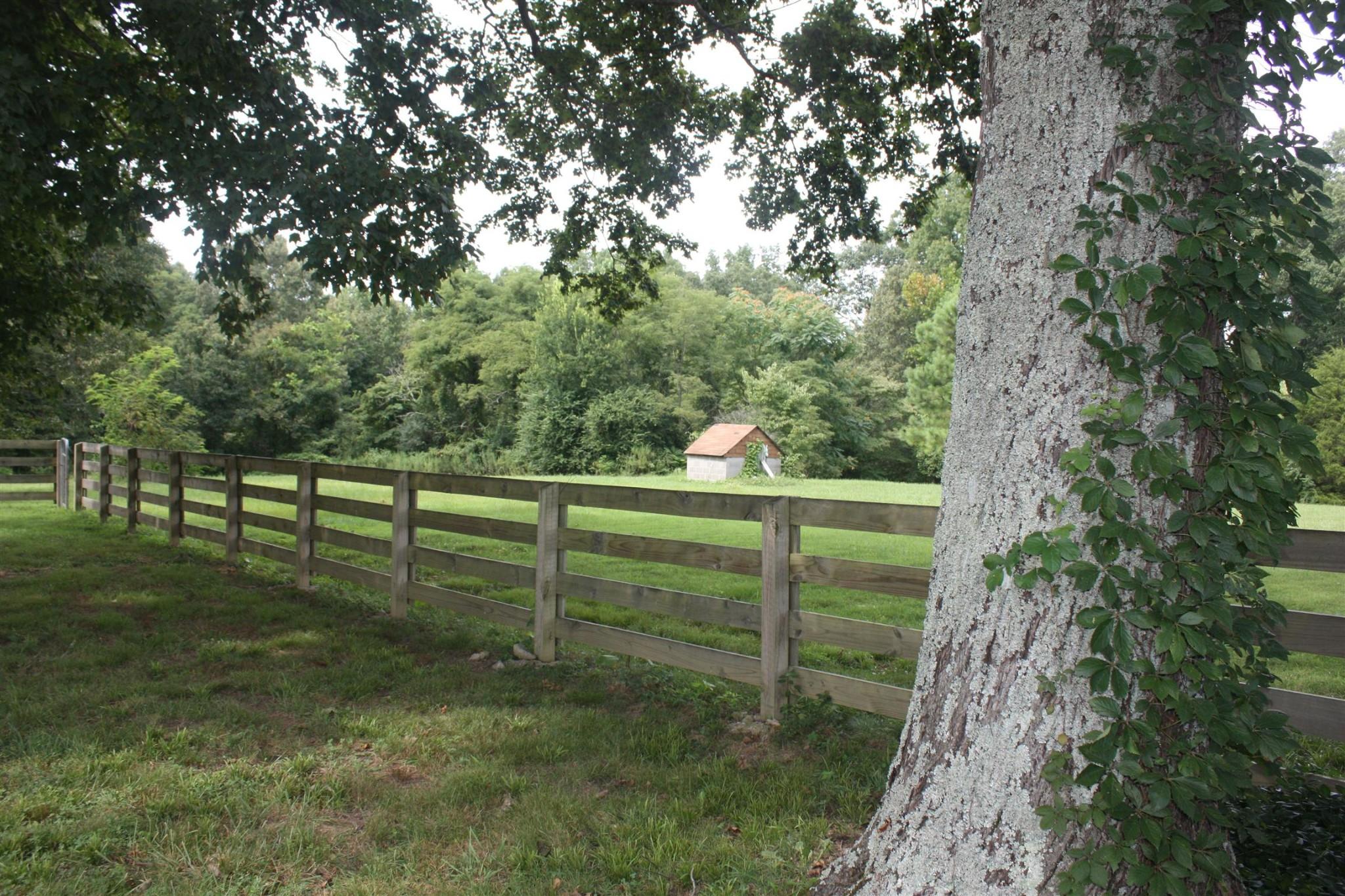 5950 Pinewood Rd Property Photo