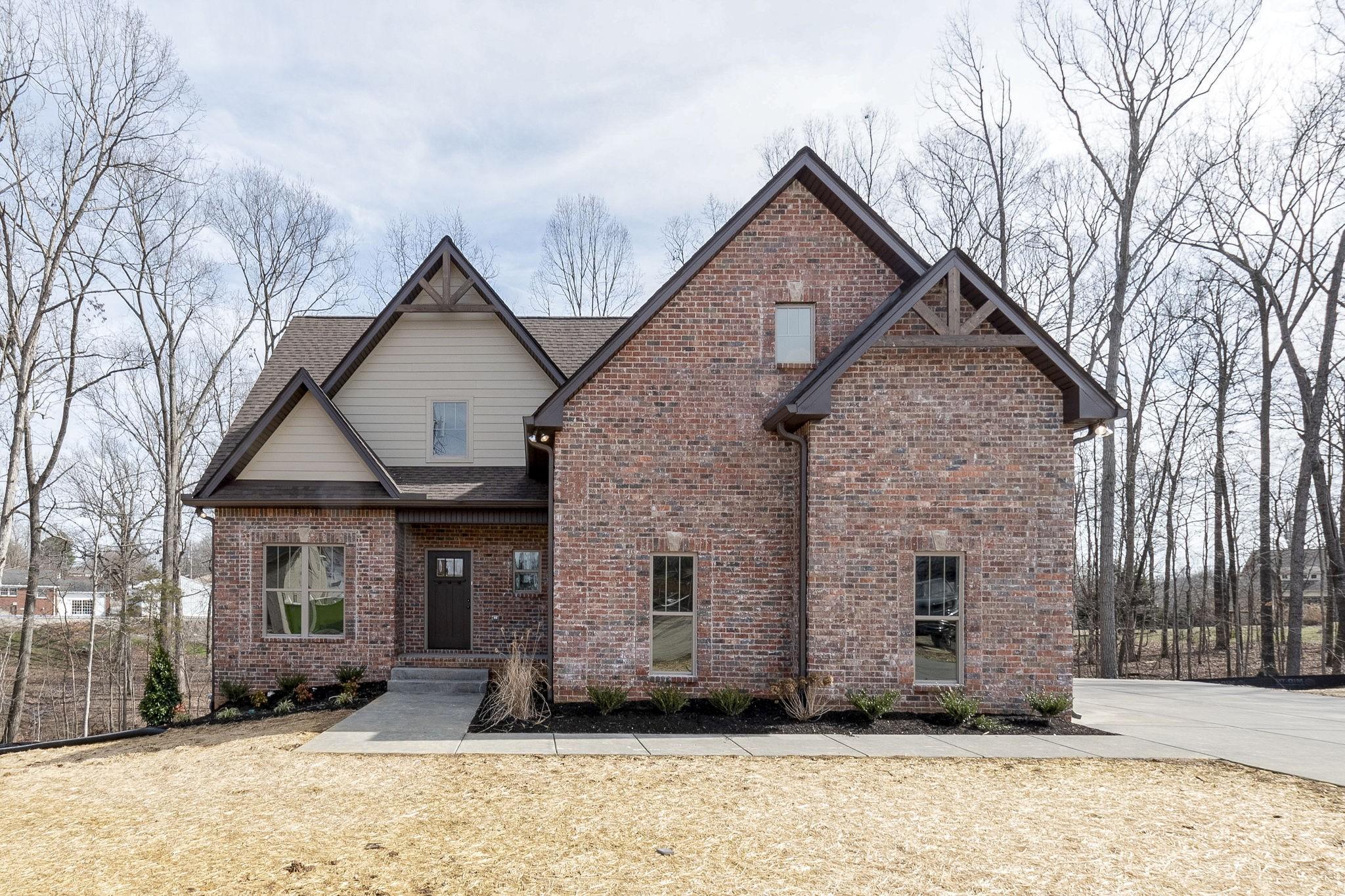 5049 E Mayflower Ct, Greenbrier, TN 37073 - Greenbrier, TN real estate listing