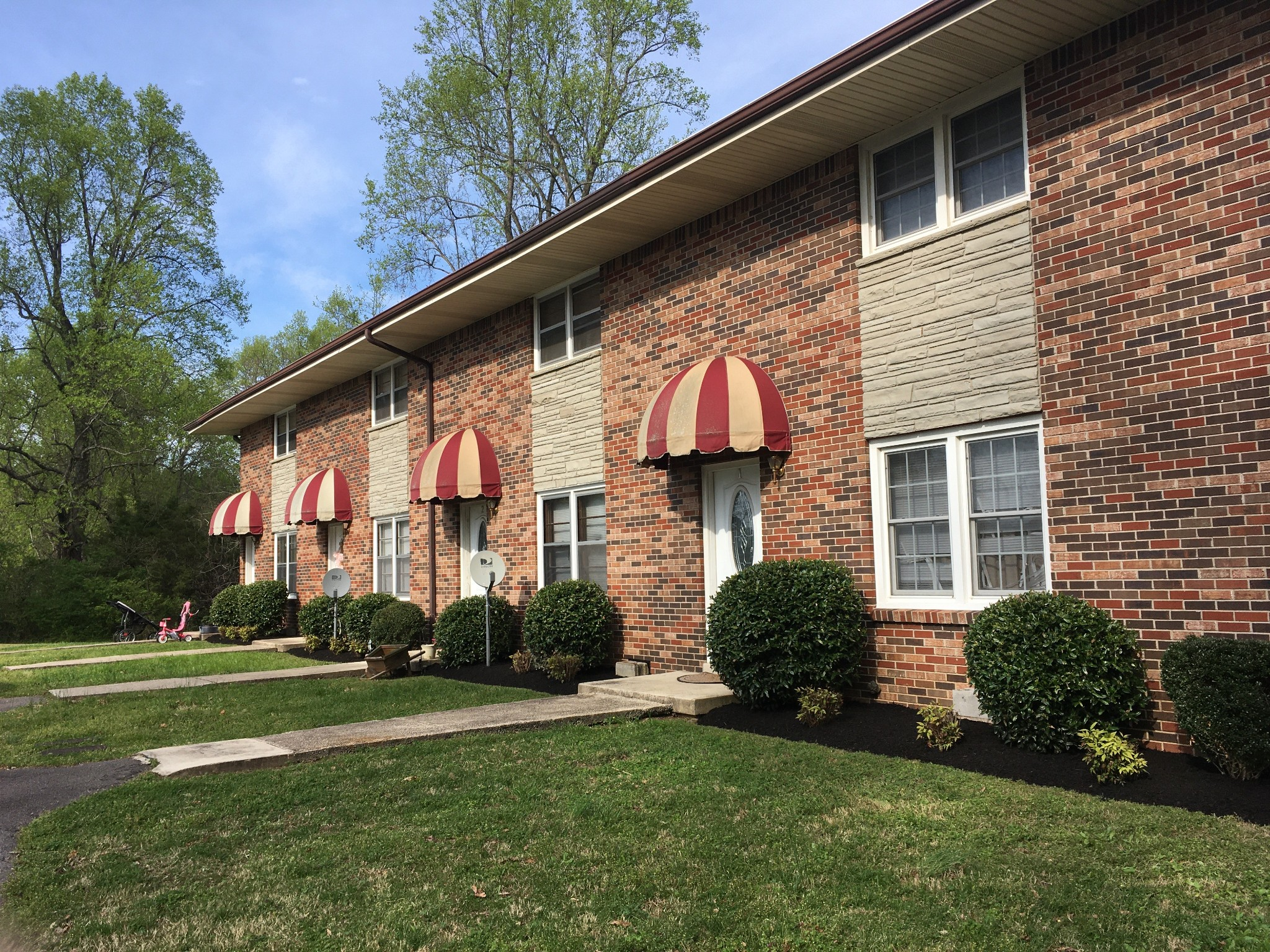 200 Meadow View LN, Dickson, TN 37055 - Dickson, TN real estate listing