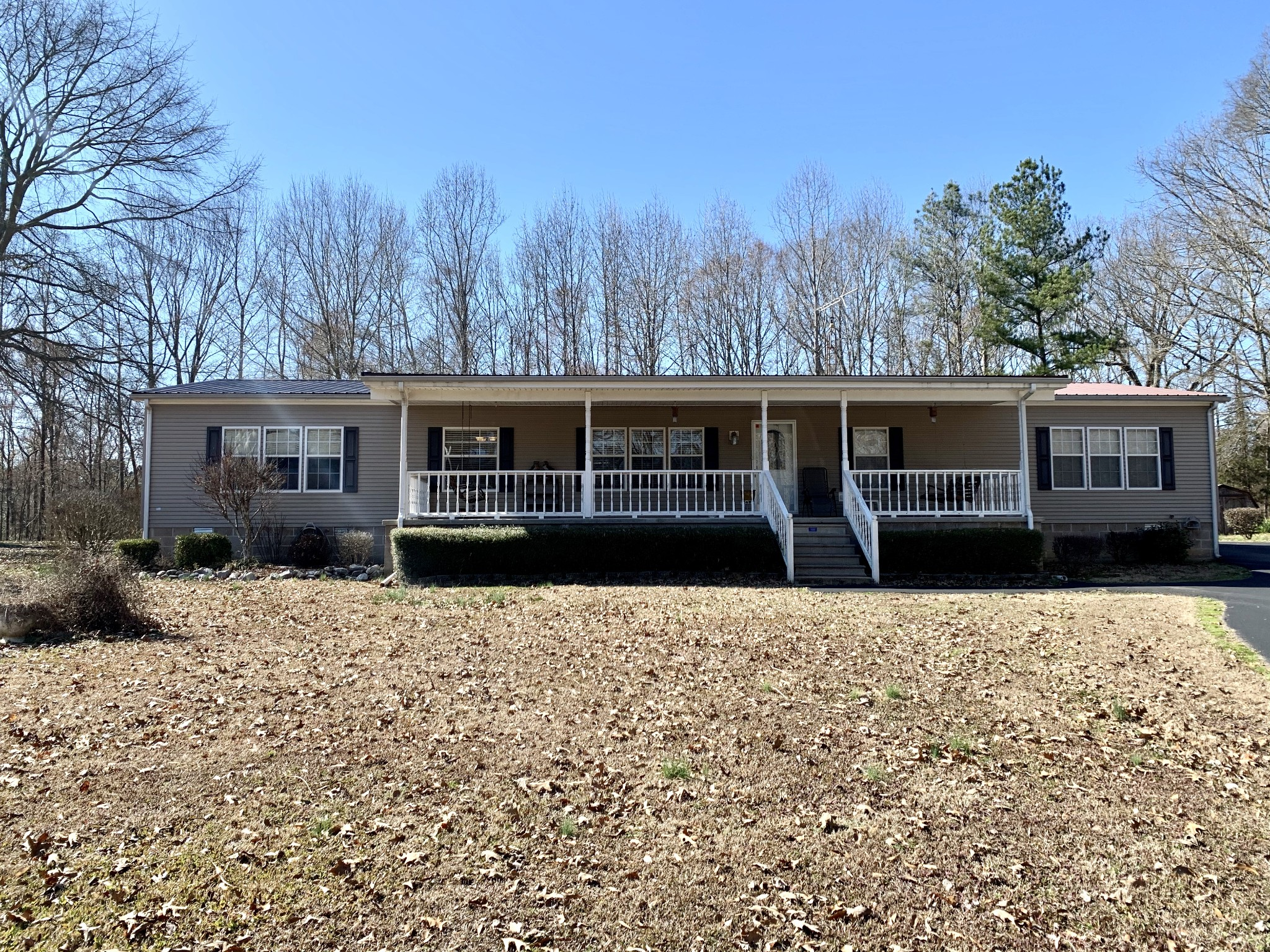 195 Britton Ford Rd Property Photo - Springville, TN real estate listing