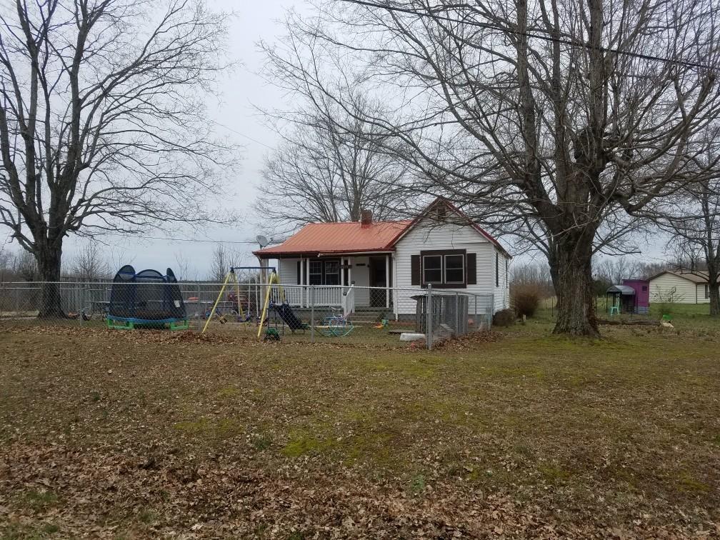 2611 Liverpool Rd, Woodlawn, TN 37191 - Woodlawn, TN real estate listing