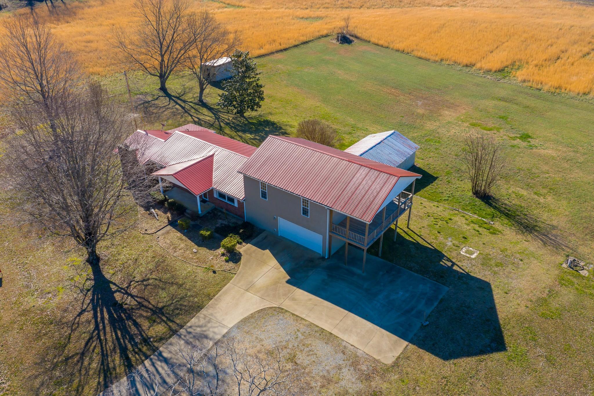 9719 Missionary Ridge Rd Property Photo - Bon Aqua, TN real estate listing