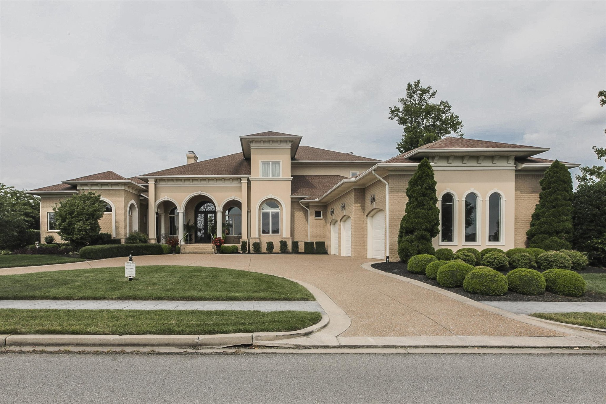 1110 Plantation Blvd Property Photo - Gallatin, TN real estate listing