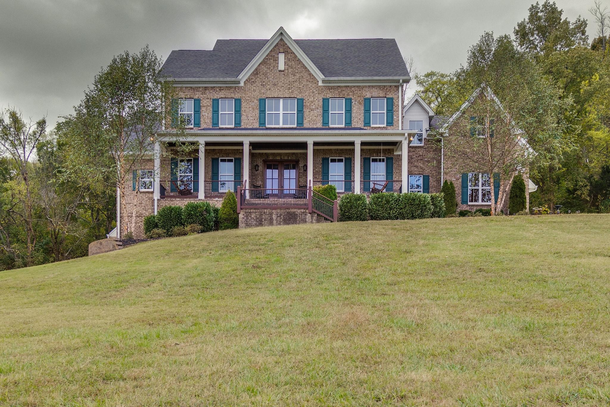 2000 Skyview Ln, Thompsons Station, TN 37179 - Thompsons Station, TN real estate listing