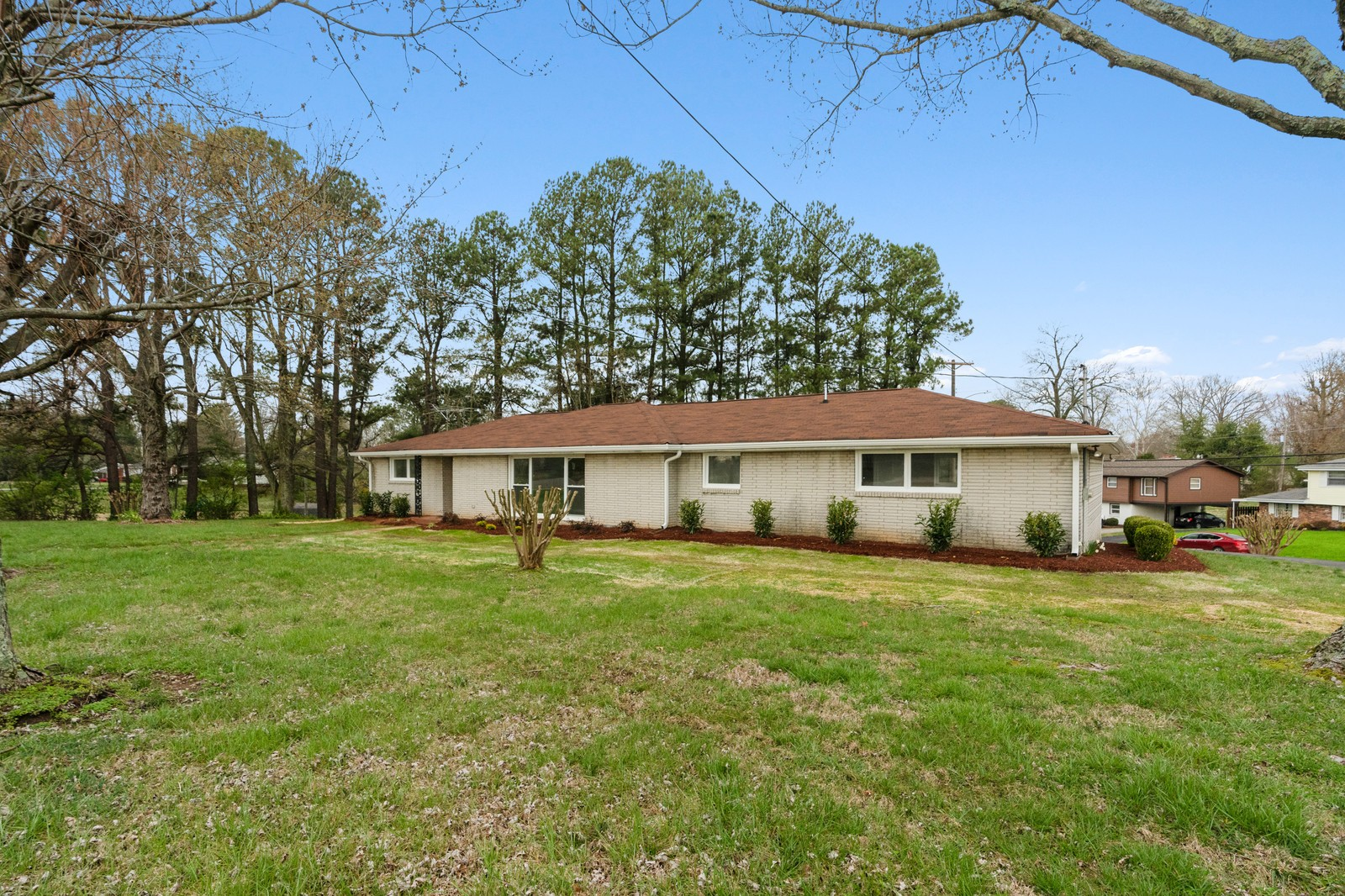 1401 5th Ave, W Property Photo - Springfield, TN real estate listing
